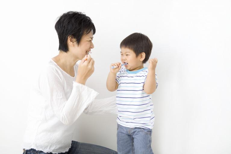 小学3年まではお子さんの口の中をチェックするようにしましょう